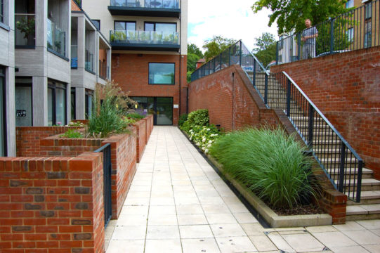Davis Landscape Architecture Finchley Road Barnet London Residential Landscape Podium Deck Steps